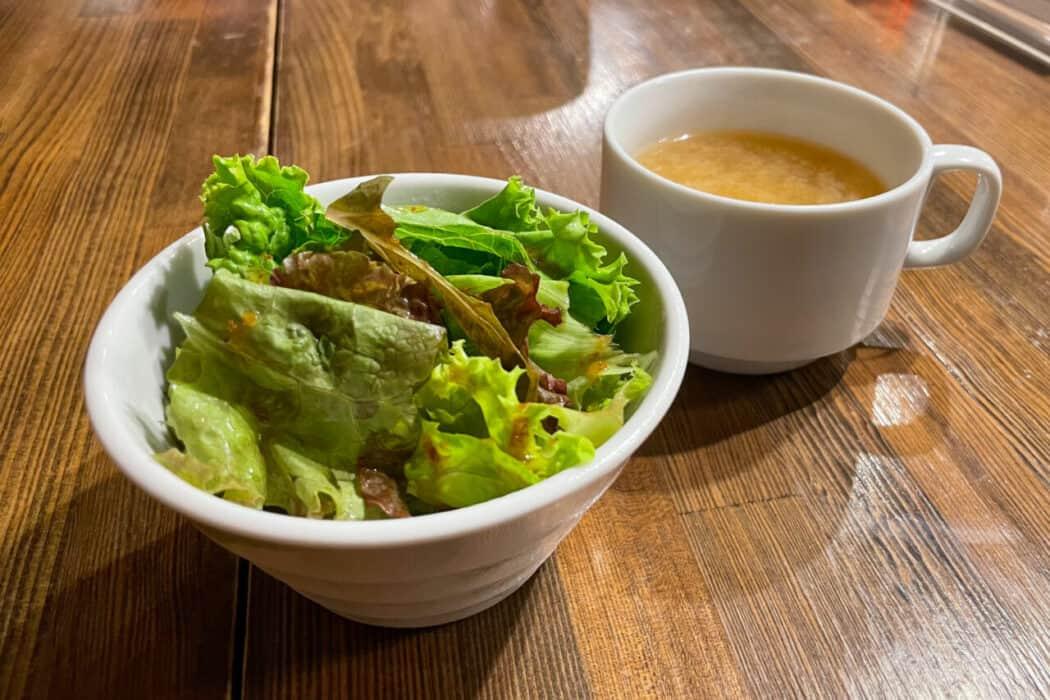 札幌牛亭 南池袋店 ミニサラダ スープ